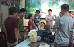 Nữ giáo viên nghỉ hưu bị bắt quả tang vận chuyển 15 bánh heroin