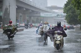 Thời tiết ngày 15/8: Bắc Bộ mưa dông mở rộng, nắng nóng hạ nhiệt