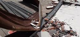 Tường nhà cổ bất ngờ đổ sập, một người tử vong