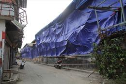 Người dân quanh khu vực Công ty Rạng Đông sơ tán, phố Hạ Đình đìu hiu
