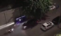 Giải quyết mâu thuẫn, lái xe ô tô đâm thẳng vào hai người đi xe máy