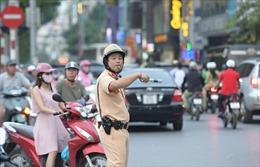 Công an Hà Nội chống đua xe, đốt pháo sáng trận Việt Nam - Malaysia
