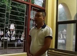 Ba bị can xả dầu bẩn, 'đầu độc' nguồn nước sông Đà bị khởi tố, bắt tạm giam