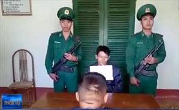 Sơn La bắt đối tượng vận chuyển 2 bánh heroin, 3,5kg thuốc phiện