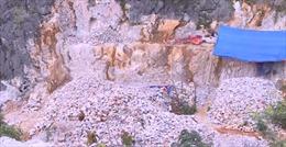 Dự án sai phạm ở Lũng Cú vẫn tiếp tục thi công dù bị đình chỉ