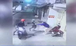 Bắt băng nhóm 9x chuyên tấn công phụ nữ để cướp tài sản