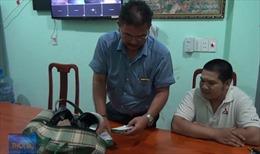 Trao trả 280 triệu đồng bỏ quên tại Bình Phước
