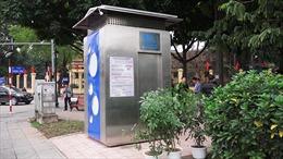 Cận cảnh nhà vệ sinh công cộng 4.0 'xịn'nhất Hà Nội