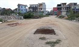 Hàng trăm hộ dân khu đất dịch vụ xã Lại Yên (Hà Nội) phải sống cảnh không điện, nước nhiều năm