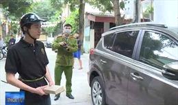 Nghệ An bắt đối tượng liên tiếp đập kính ô tô trộm cắp tài sản