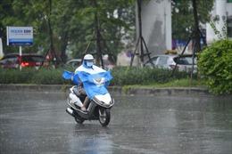 Thời tiết ngày 12/4: Không khí lạnh gây mưa rào và dông ở Bắc Bộ, Bắc Trung Bộ