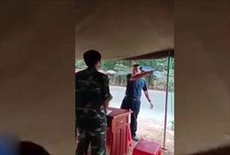 Đình chỉ công tác Phó Chủ tịch HĐND huyện chống đối kiểm dịch