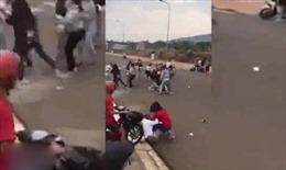 Hai nhóm thiếu nữ đánh nhau do mâu thuẫn tiền bạc tại Bình Phước