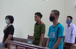 Hành hung bác sĩ trong lúc chờ vợ sinh, lĩnh án 10 tháng tù