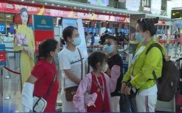 Tăng tối đa các chuyến bay giải toả khách khỏi 'điểm nóng' Đà Nẵng