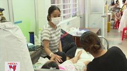 Trên 40 học sinh nhập viện nghi ngộ độc thực phẩm