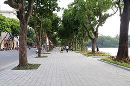 Hồ Gươm 'diện áo mới' chào đón 1010 năm Thăng Long- Hà Nội