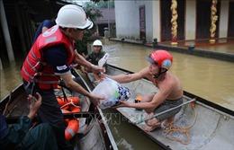 Bão số 7 gây mưa lớn, xuất hiện áp thấp nhiệt đới đi vào Biển Đông