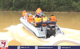 Tập trung lực lượng cứu nạn, cứu hộ bằng đường thủy Rào Trăng 3