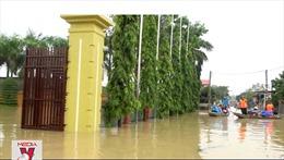 Nước rút chậm, hàng ngàn nhà dân tại Nghệ An vẫn bị ngập