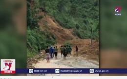 Hàng chục người thoát hiểm trong vụ sạt lở núi ở Quảng Nam
