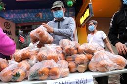 Cam Hà Giang, rau củ Hải Dương phát miễn phí cho bệnh nhân và người lao động