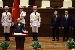 Giây phút tuyên thệ của Chủ tịch nước Nguyễn Xuân Phúc