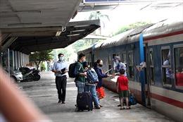 Chuyến tàu đầu tiên xuất phát từ ga Hà Nội đi TP Hồ Chí Minh sau thời gian giãn cách