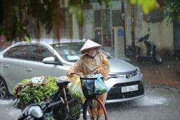 Thời tiết ngày 6/10: Hà Nội có lúc có mưa, có nơi mưa vừa và rải rác có dông
