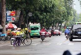 Thời tiết ngày 7/6: Bắc Bộ và Nam Bộ có mưa, Trung Bộ tiếp tục nắng nóng