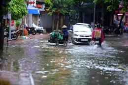 Thời tiết ngày 24/9: Bão số 6 suy yếu thành một vùng áp thấp, Trung Bộ, Tây Nguyên và Nam Bộ có mưa rất to