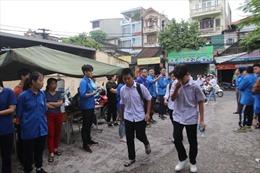 Sáng 2/6, thí sinh Hà Nội thi vào lớp 10 THPT làm bài thi môn Ngữ văn