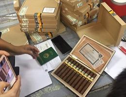 Vận chuyển trái phép hơn 1.400 điếu xì gà từ Nga về Việt Nam