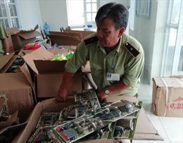 Tạm dừng lưu thông hơn 400 sản phẩm đồ chơi trẻ em không đạt về ghi nhãn