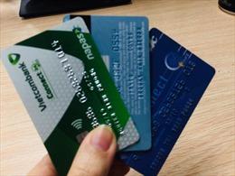 Giảm phí lần 2 đối với dịch vụ ngân hàng trong bối cảnh dịch COVID-19