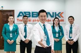 ABBANK ủng hộ thêm 2 tỷ đồng hỗ trợ Bệnh viện Bạch Mai