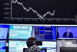 VN-Index bật tăng sau cú sốc giá dầu âm