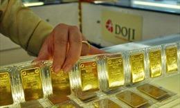 Đầu tuần tỷ giá không đổi, giá vàng giảm nhẹ
