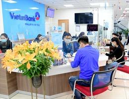 VietinBank lần thứ 5 liên tiếp vinh dự nhận giải thưởng 'Ngân hàng bán lẻ tốt nhất Việt Nam'