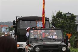 Lễ tiễn đưa Thiếu tướng Nguyễn Hữu Hùng về yên nghỉ trong lòng đất mẹ