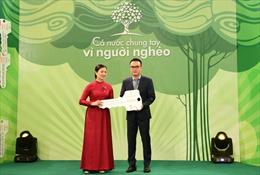 VietinBank trao ủng hộ 5 tỷ đồng cho Quỹ 'Vì người nghèo'