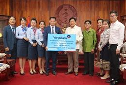 VietinBank Lào ủng hộ 300 triệu kíp giúp Chính phủ Lào phòng, chống dịch COVID-19