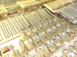 SJC tăng giá trong khi vàng thế giới đảo chiều giảm