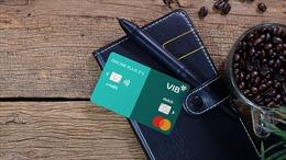 VIB: Người dùng hưởng ứng dòng thẻ tích hợp đầu tiên tại Đông Nam Á
