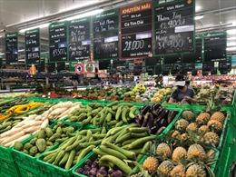 Hàng hóa siêu thị dồi dào, được bổ sung liên tục