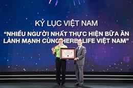 Chương trình đồng diễn thực hiện bữa ăn lành mạnh xác lập Kỷ lục Việt Nam