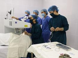 Nâng cao chất lượng điều trị cho bệnh nhân mắc tật khúc xạ