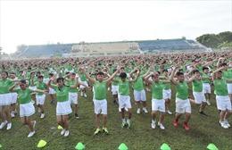 6.000 em học sinh Vĩnh Long xác lập kỉ lục Guinness Việt Nam