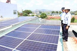Điện mặt trời trên mái nhà – Giải pháp tiết kiệm chi phí cho người dân.