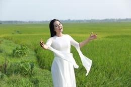 Lương Nguyệt Anh hát về vẻ đẹp chân quê, ấm tình người Kinh Bắc